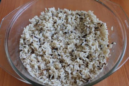 Перец фаршированный рисом и курицей